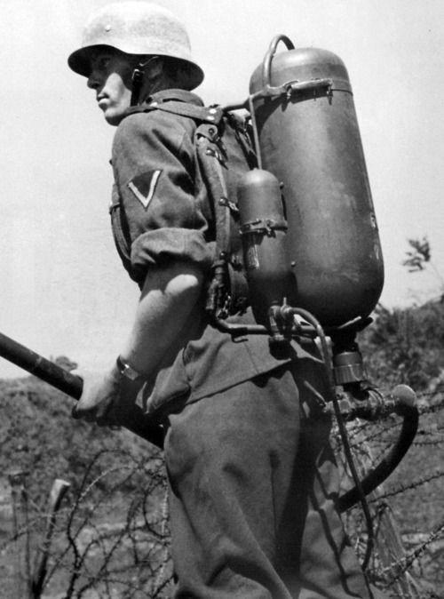 Diverses photos de la WWII - Page 38 100211