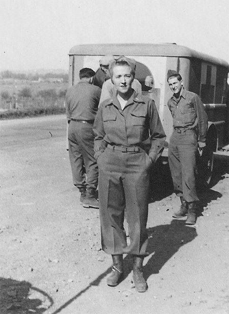 Diverses photos de la WWII - Page 4 10025