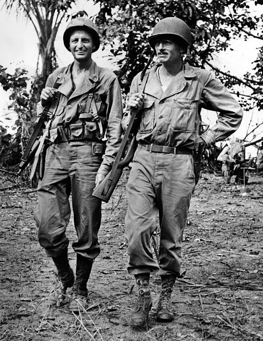 Diverses photos de la WWII - Page 38 100511