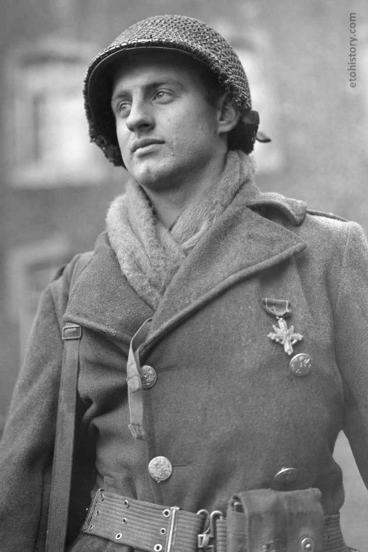 Diverses photos de la WWII (fichier 8) - Page 4 101021