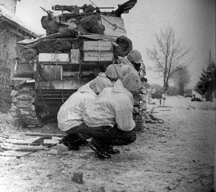 Diverses photos de la WWII - Page 2 101510