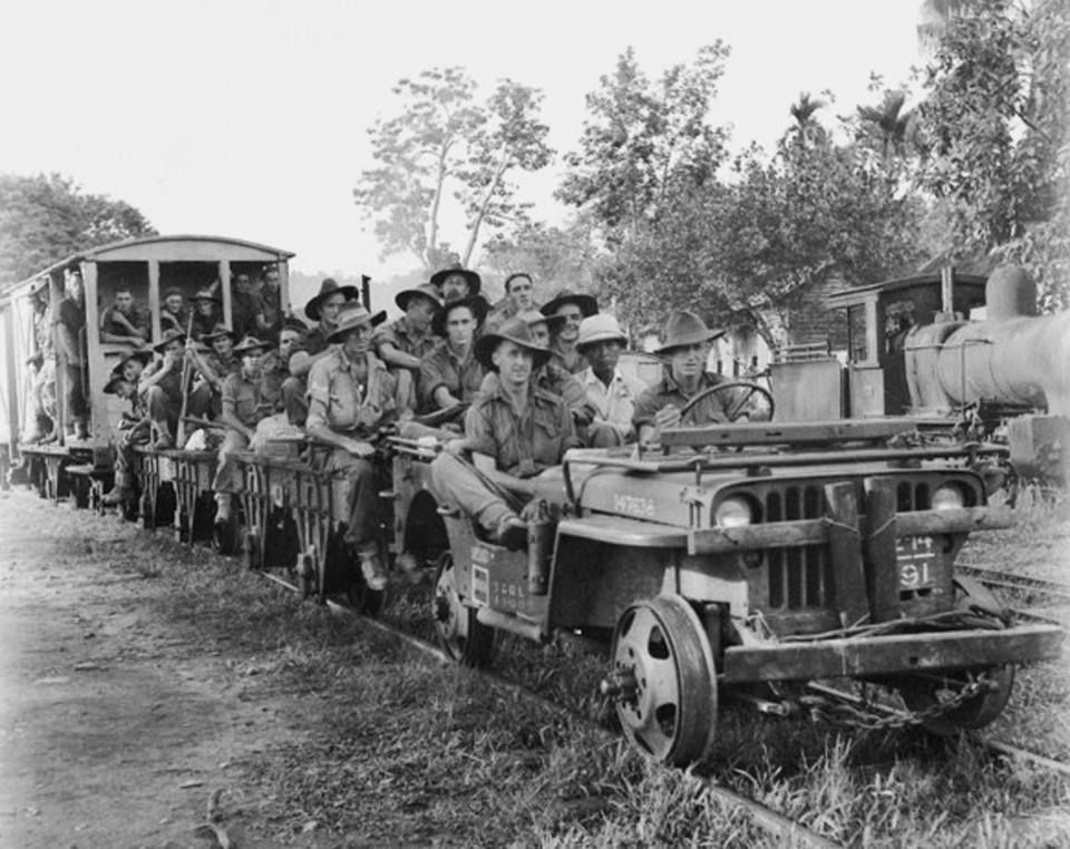 Diverses photos de la WWII - Page 2 102010