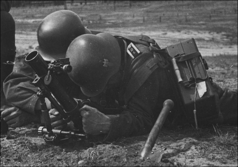Diverses photos de la WWII (fichier 8) - Page 4 102214
