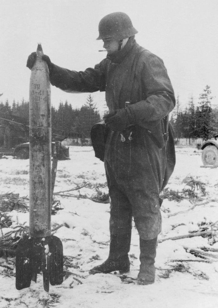 Diverses photos de la WWII (fichier 8) - Page 4 102714