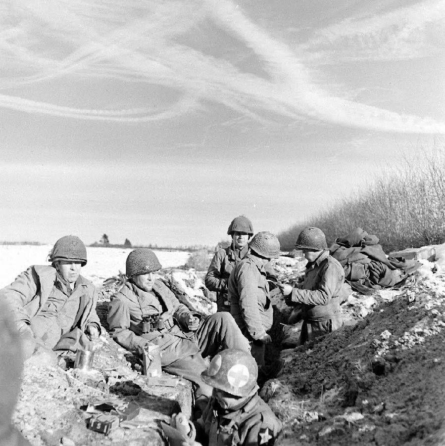 Diverses photos de la WWII (fichier 8) - Page 4 103114