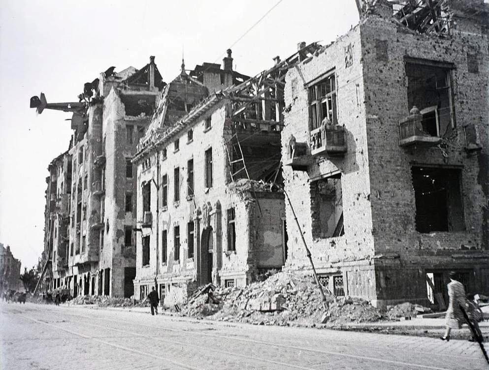 Diverses photos de la WWII (fichier 8) - Page 4 103514