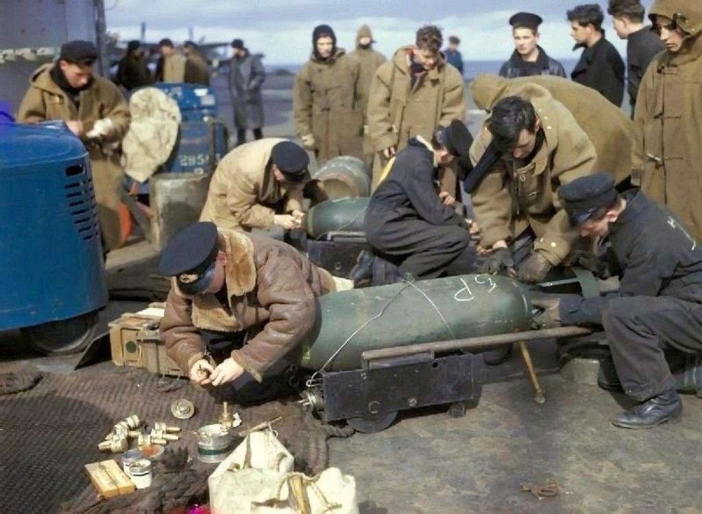 Diverses photos de la WWII - Page 39 104110