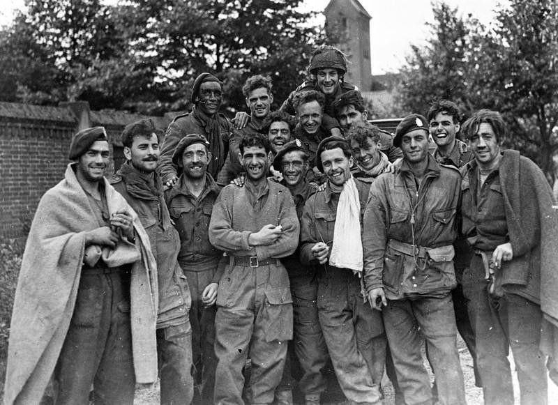 Diverses photos de la WWII - Page 39 10640