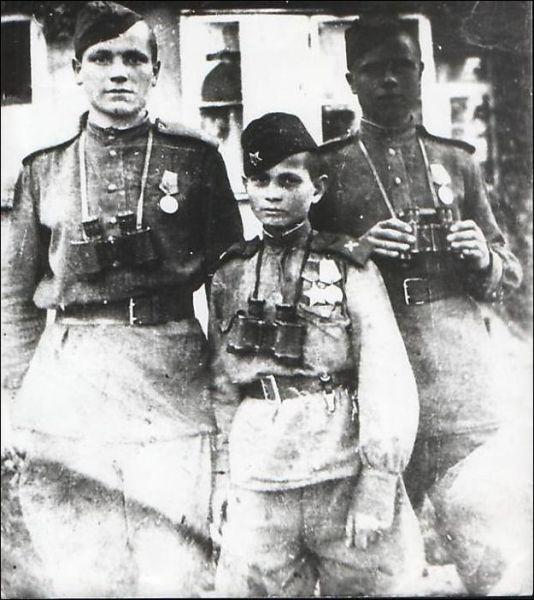 Diverses photos de la WWII - Page 40 1071