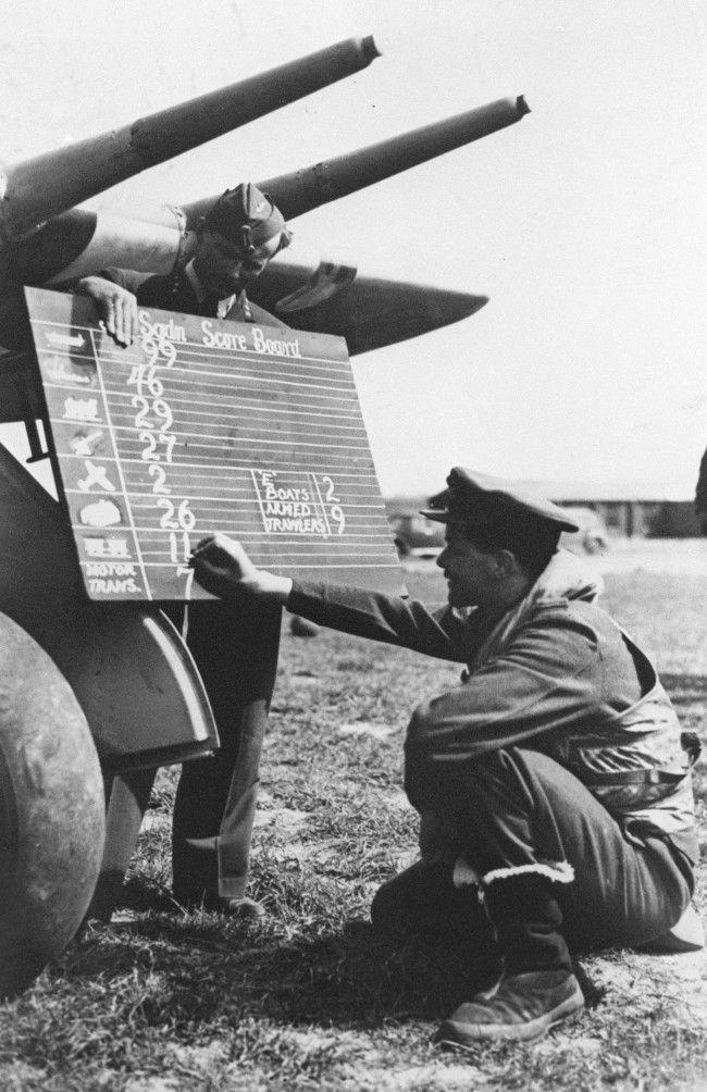 Diverses photos de la WWII - Page 4 10726