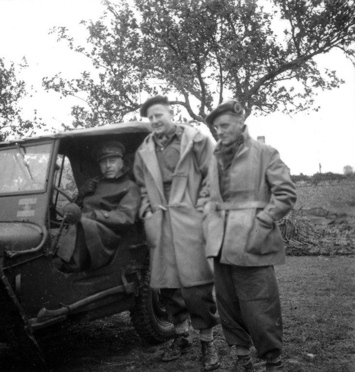 Diverses photos de la WWII - Page 4 10826