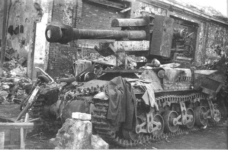 Diverses photos de la WWII - Page 3 11032