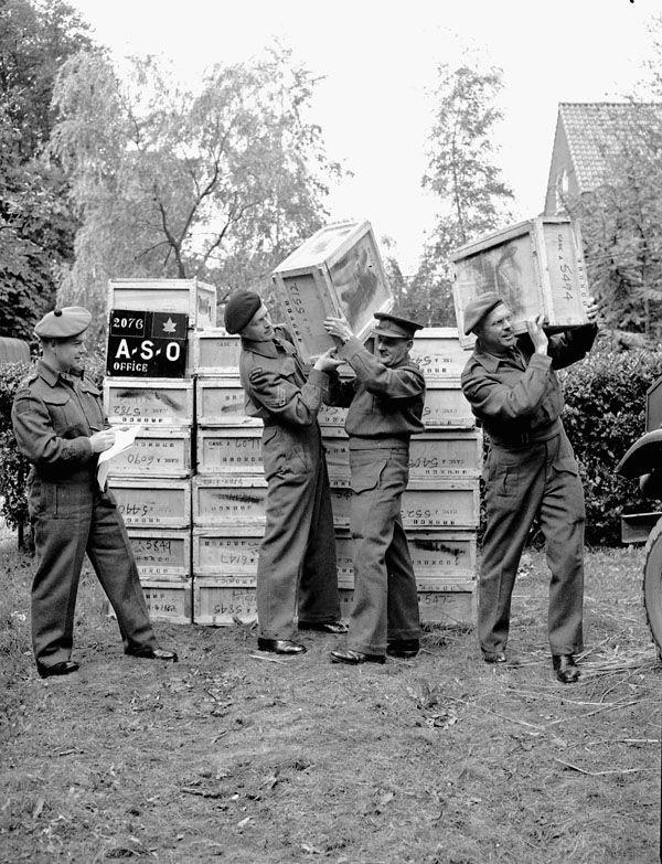 Diverses photos de la WWII - Page 39 11042