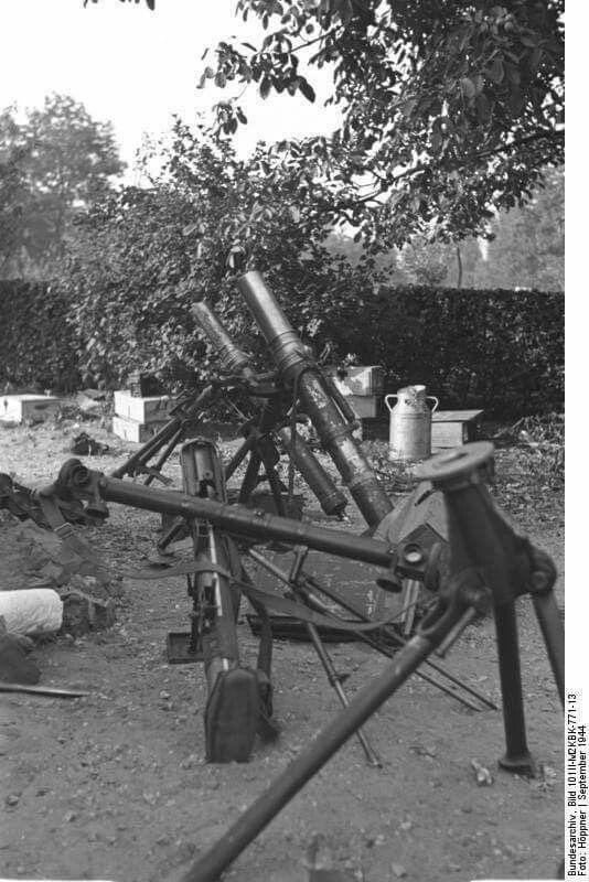 Diverses photos de la WWII - Page 39 11136