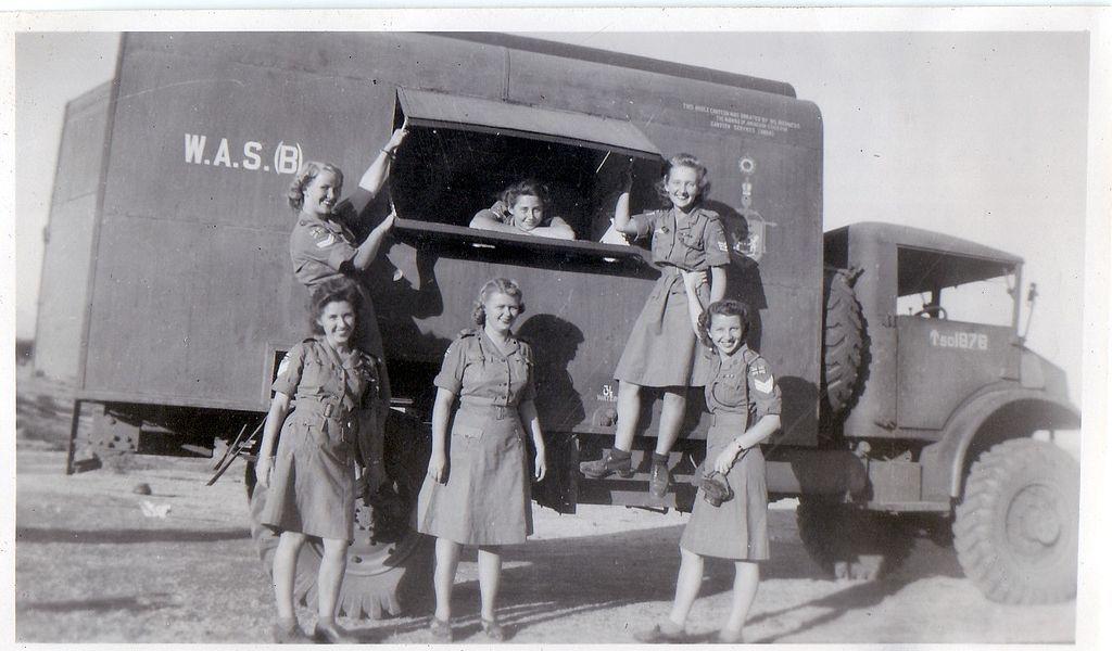 Diverses photos de la WWII - Page 4 11222