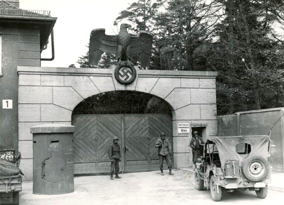 Diverses photos de la WWII - Page 4 11325