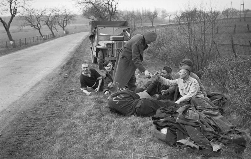 Diverses photos de la WWII - Page 39 1160