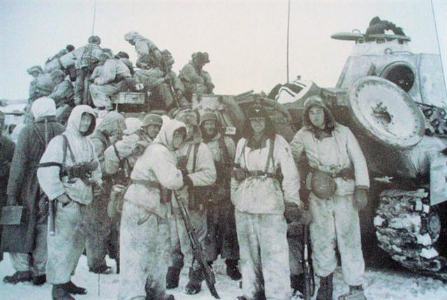 Diverses photos de la WWII - Page 2 11820