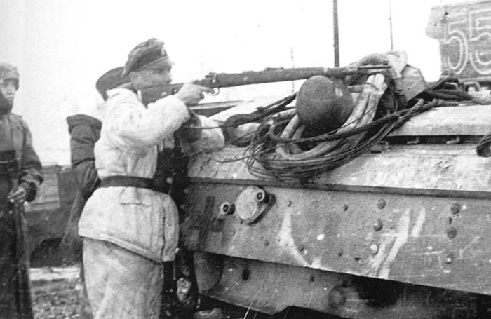 Diverses photos de la WWII - Page 2 11922