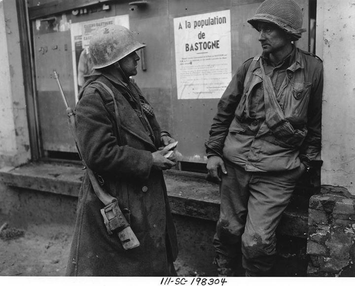 Diverses photos de la WWII - Page 40 12133