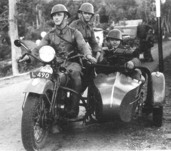 Diverses photos de la WWII 12627