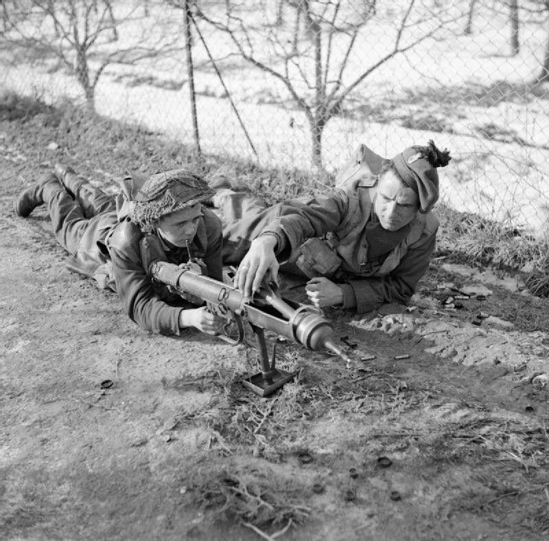 Diverses photos de la WWII 12934