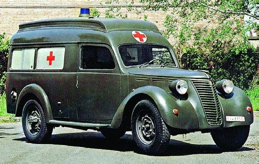 Véhicules sanitaires (ambulances) - Page 3 13036