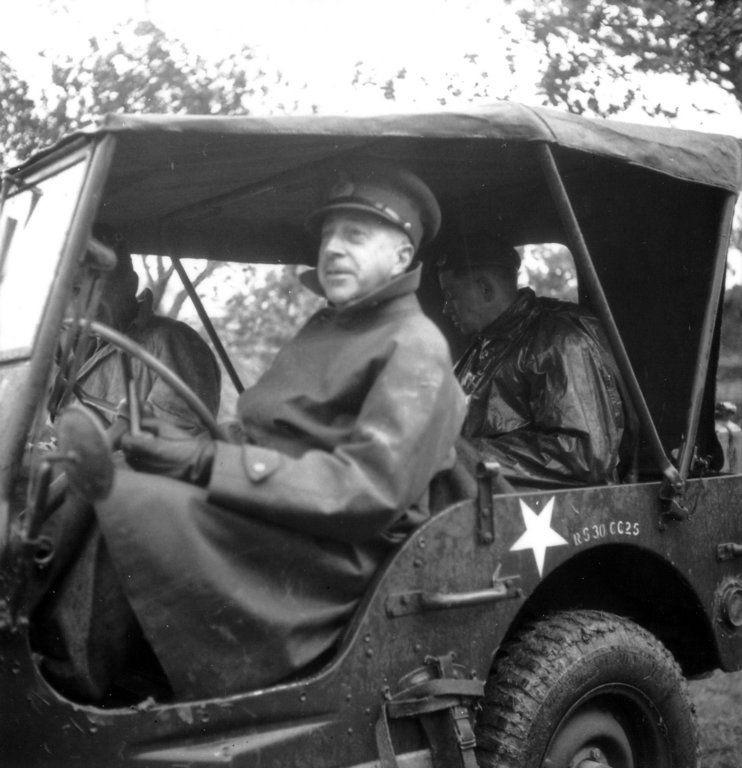 Diverses photos de la WWII - Page 3 13326