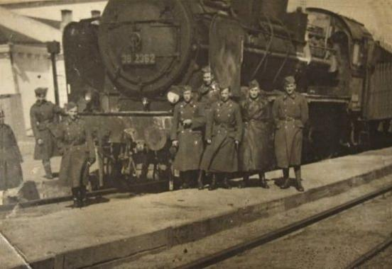 Diverses photos de la WWII - Page 9 13518