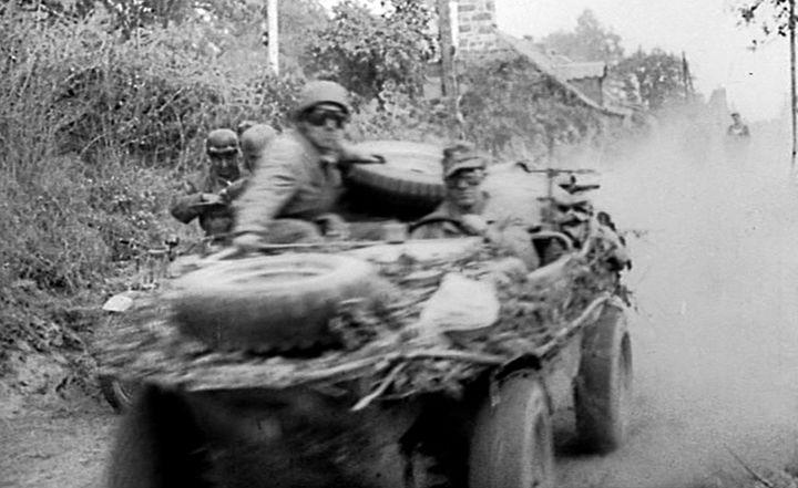 Diverses photos de la WWII - Page 2 13521