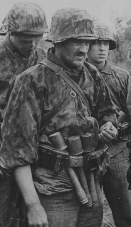Diverses photos de la WWII - Page 3 13526