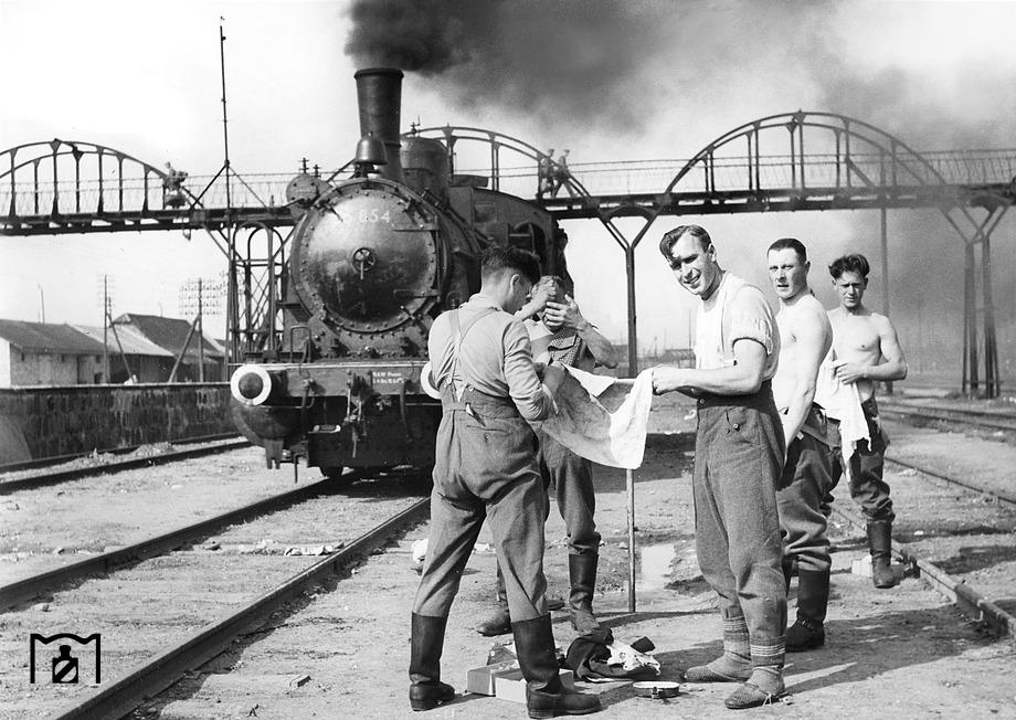 Diverses photos de la WWII - Page 6 1440