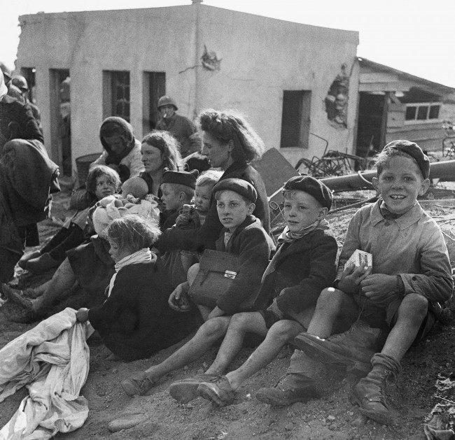 Diverses photos de la WWII - Page 6 15223