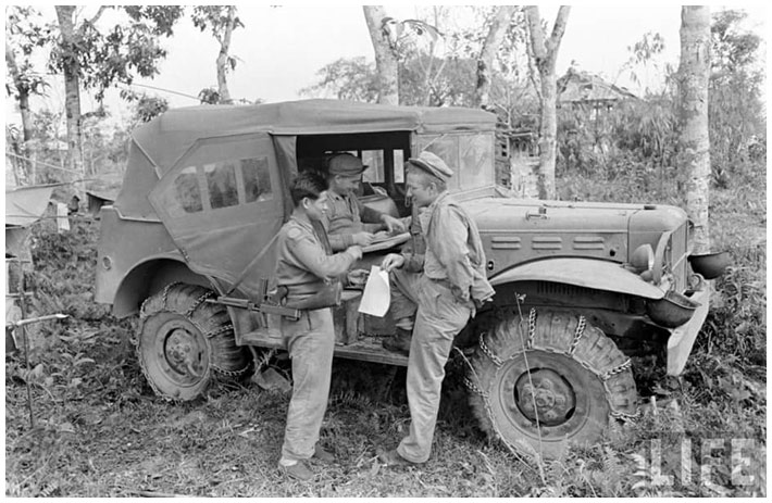 Diverses photos de la WWII - Page 2 15419