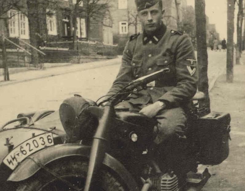 Diverses photos de la WWII - Page 39 1551