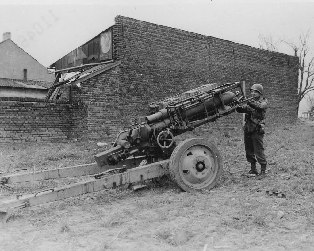 Diverses photos de la WWII - Page 2 1555