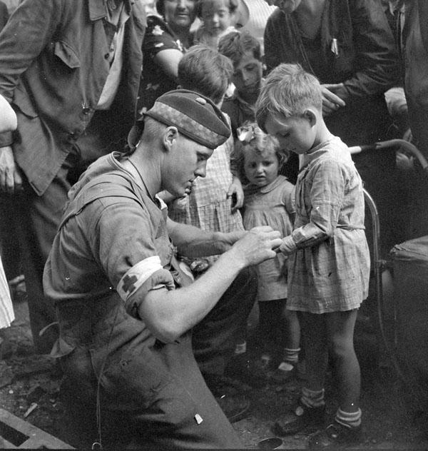 Diverses photos de la WWII - Page 40 1560