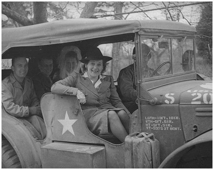 Diverses photos de la WWII - Page 2 15819