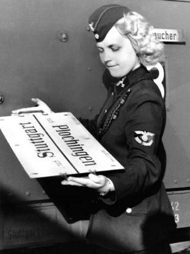 Diverses photos de la WWII - Page 6 159