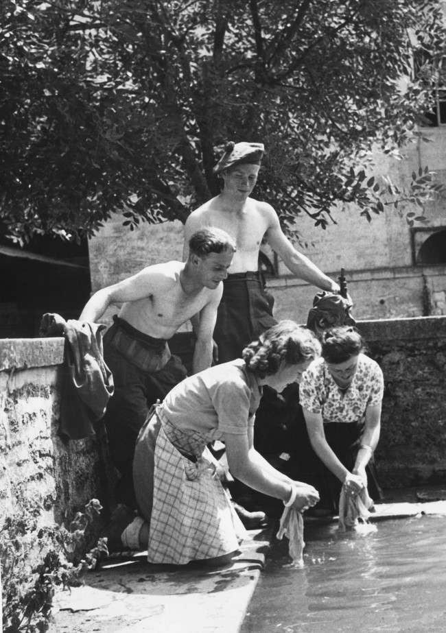 Diverses photos de la WWII - Page 6 15921