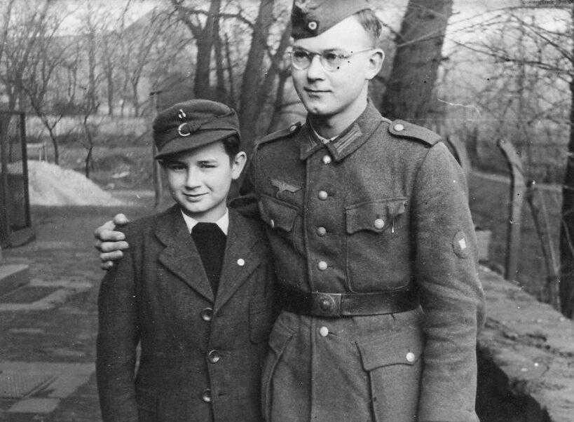 Diverses photos de la WWII - Page 4 16022