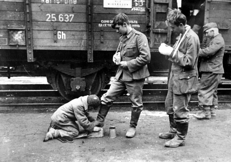 Diverses photos de la WWII - Page 4 16122