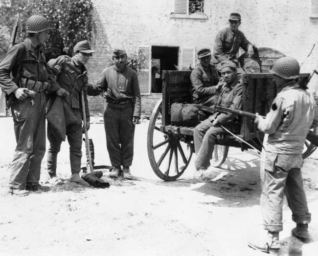 Diverses photos de la WWII - Page 6 16420