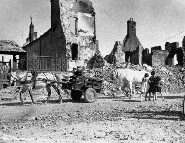 Diverses photos de la WWII - Page 6 16519
