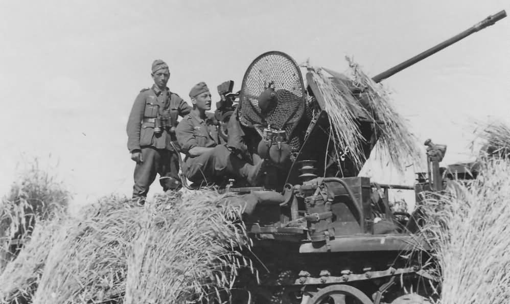 Diverses photos de la WWII - Page 26 16715