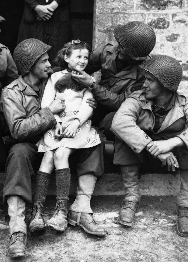 Diverses photos de la WWII - Page 6 16918