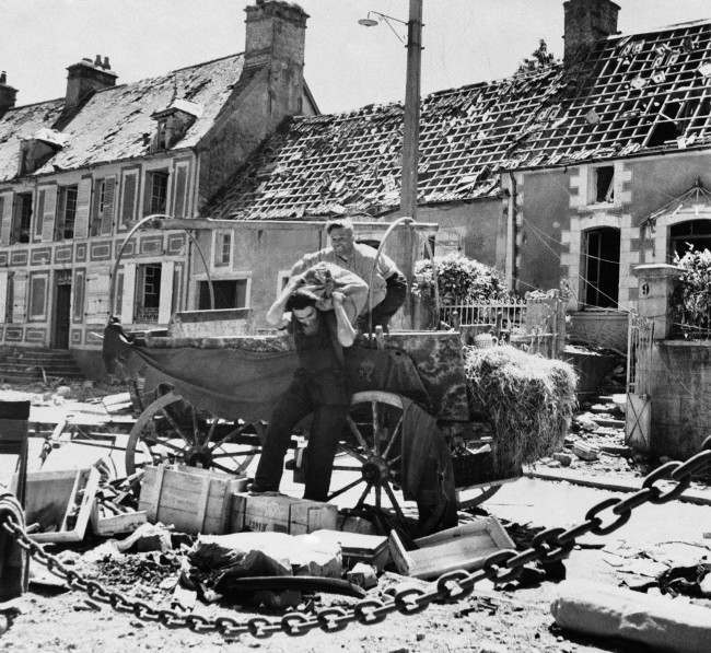 Diverses photos de la WWII - Page 6 17421