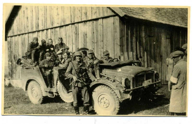 Diverses photos de la WWII - Page 2 1748