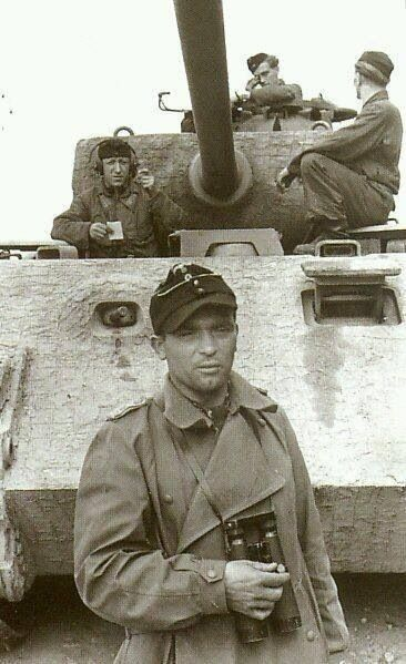 Diverses photos de la WWII - Page 39 178