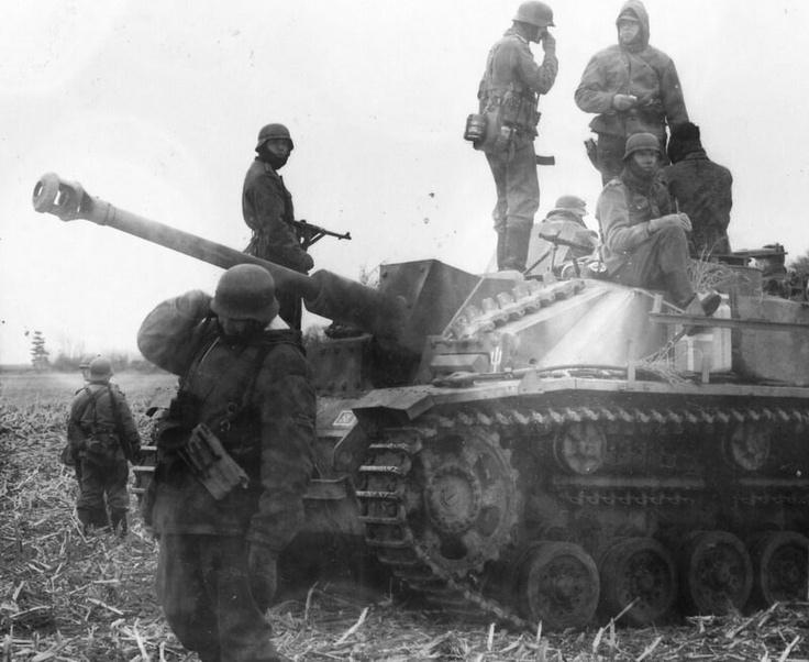 Diverses photos de la WWII - Page 4 19312